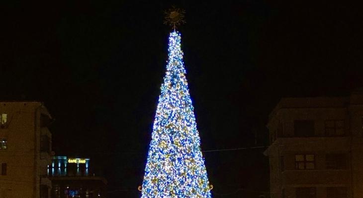 Куда сходить с детьми в новогодние каникулы в Дзержинске?