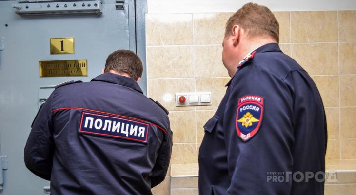 Жительница Дзержинска заминировала полицию