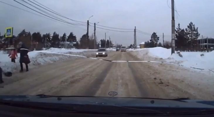 Водитель сбил пенсионерку на пешеходном переходе в Дзержинске