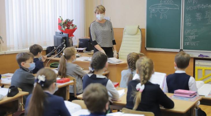 Стало известно, как будут работать дзержинские детсады и школы в праздники