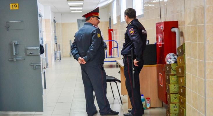 Полкило наркотика изъяли сотрудники полиции у жителя Дзержинска