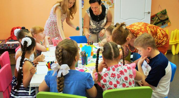 Власти продолжат поддерживать материально семьи Нижегородской области
